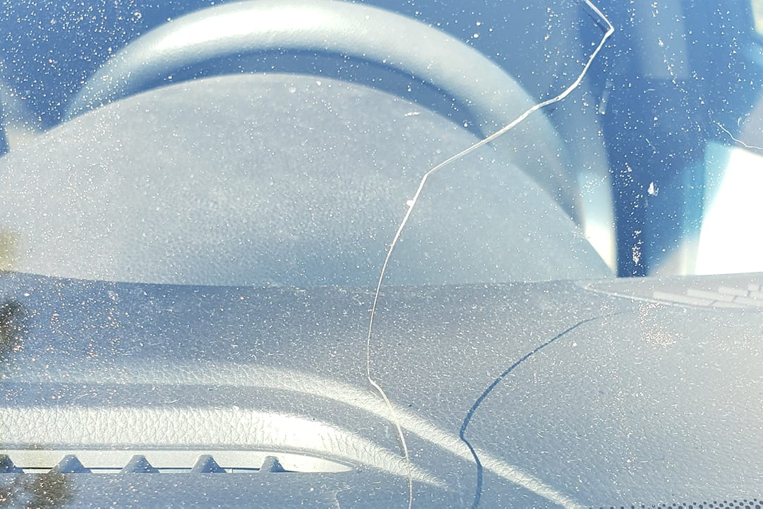 windshield crack repair and replacement at Pro Auto Spa in Colorado Springs